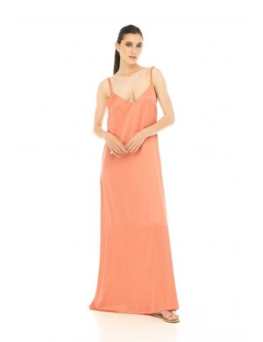 Rochie lunga cu spatele gol corai