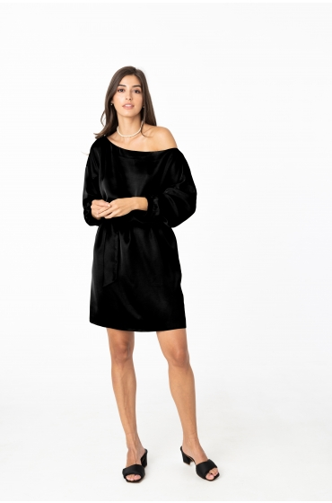 Rochie cu un umar gol neagra